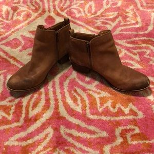 EUC Lucky Brand Double Zip Ankle Boots